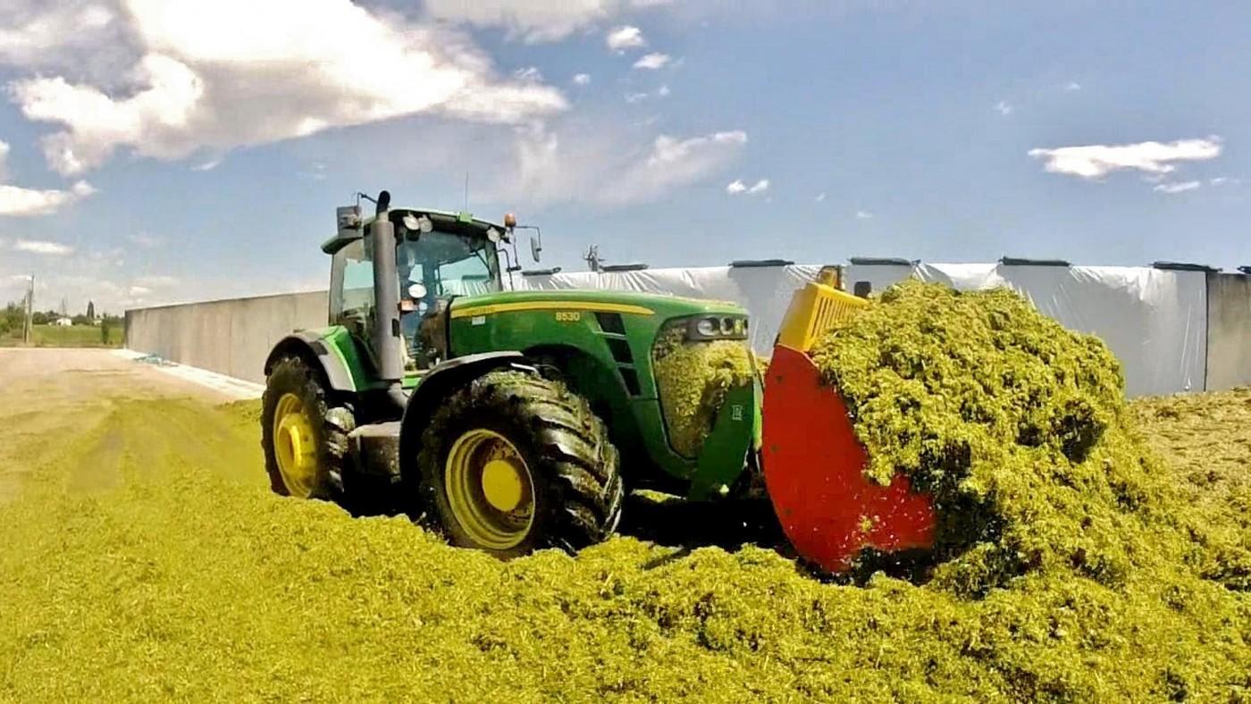 John Deere Tractor Wallpaper Hd Used Tractor For Sale In 2020