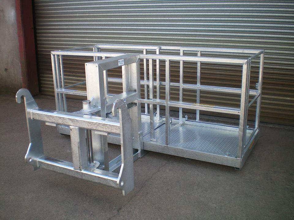 8ft Galvanised Pivoting Man Lift Safety Basket Multec